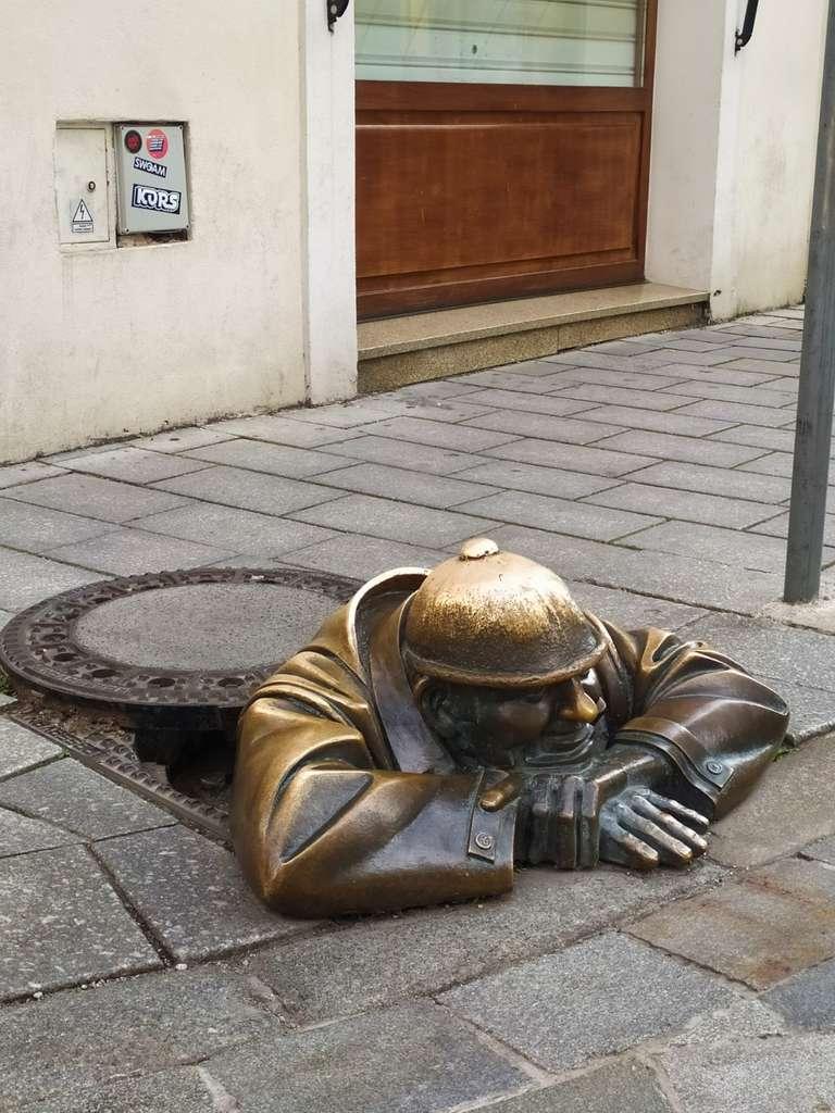 Estatua Trabajador