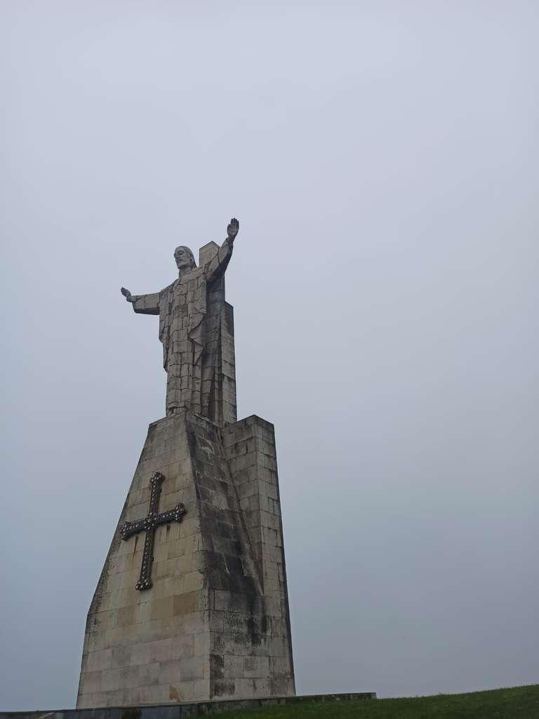 Monumento al Sagrado Corazón de Jesús en el Monte Naranco