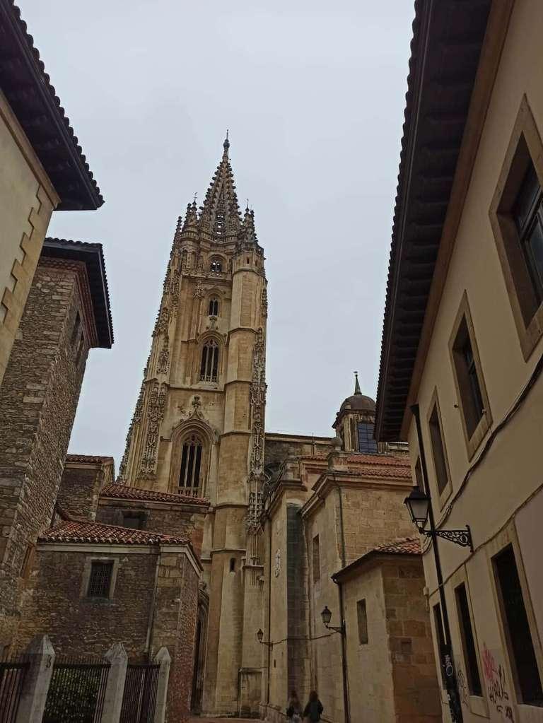 Torre de la Catedral desde la Calle Mon